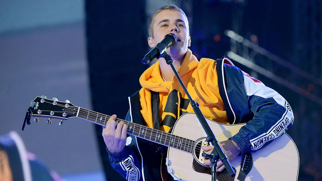 Justin Bieber Top Richest Canadian Singer Under 30 Age
